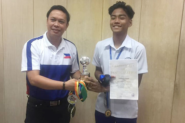PH chess wizard and wunderkind Jasper Concepcion Faeldonia paid a courtesy call to Philippine Sports Commission (PSC) commissioner Charles Raymond Maxey on Thursday, January 10,2019 at the PSC office in Malate, Manila. The grade 8 pupil of Arellano University , the reigning Philippines boys 14 and under champion is fresh from a Co-Champion of the 35th Singapore National Age Group Chess Championships last December 27 to 30,2018 in Kallang Theather, Singapore. Faeldonia who is also a NCAA gold medallist, Milo Iittle Olympics overall champion, ASEAN age group gold and silver medal winner, Palarong Pambansa Antique silver medallist and Palarong Manila overall champion.