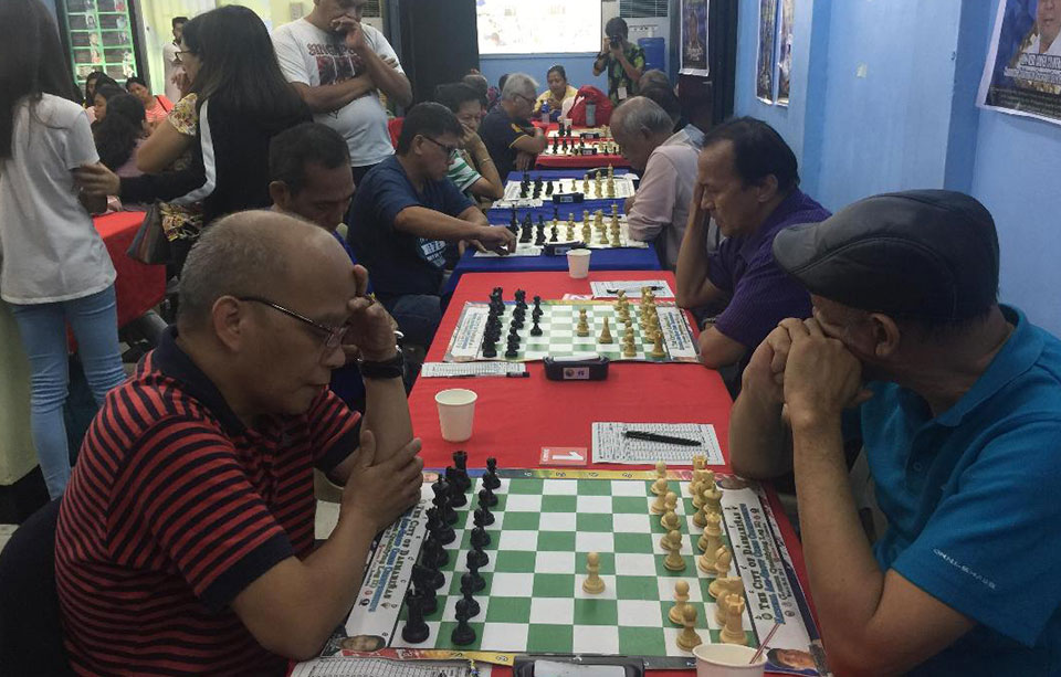 IM Angelo Young grabs solo lead in 2019 National Seniors Chess